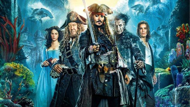 Новая часть «Пиратов Карибского моря» собрала завыходные млрд руб.