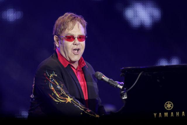 Элтон Джон зимой выступит сединственным концертом в Российской Федерации