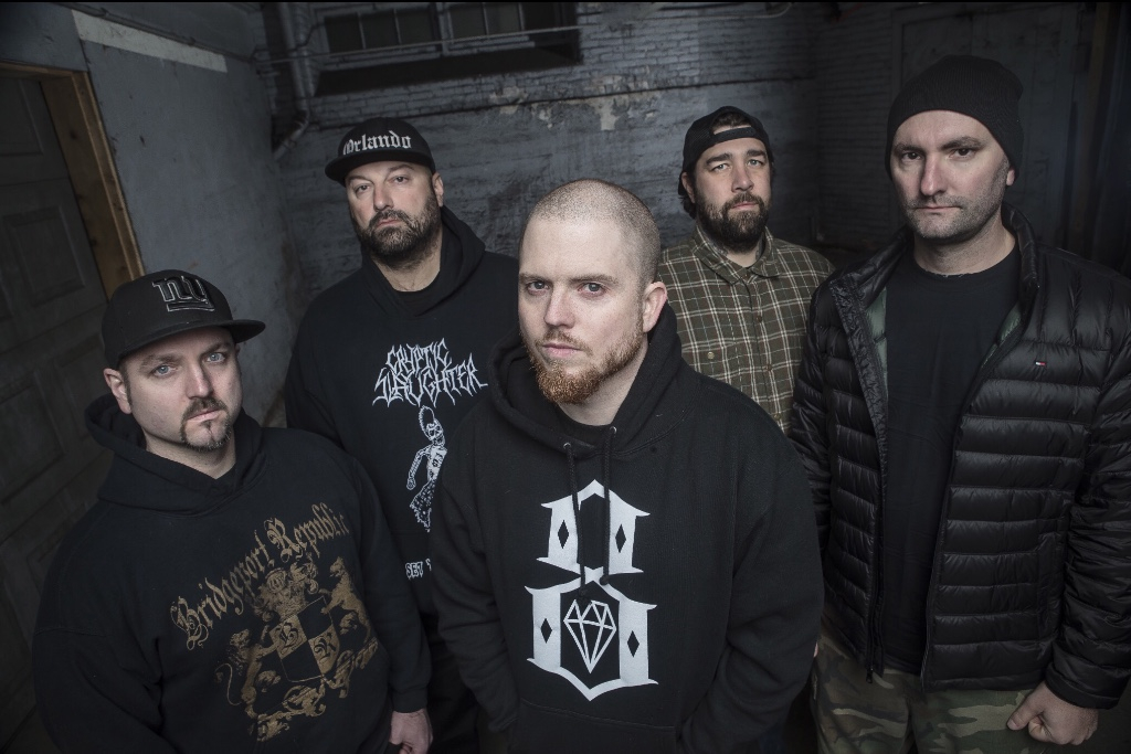 Hatebreed «Looking Down the Barrel of Today»