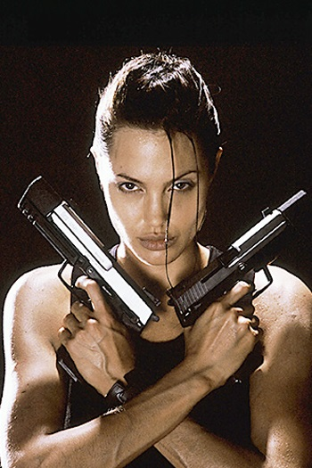 angelina-jolie-as-lara-croft-in-tomb-raider