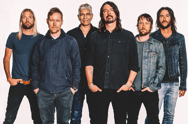 Foo Fighters выпустили альбом «Concrete and Gold»