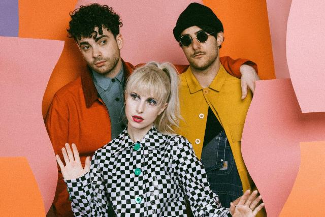 Paramore выпустили клип «Rose-Colored Boy»